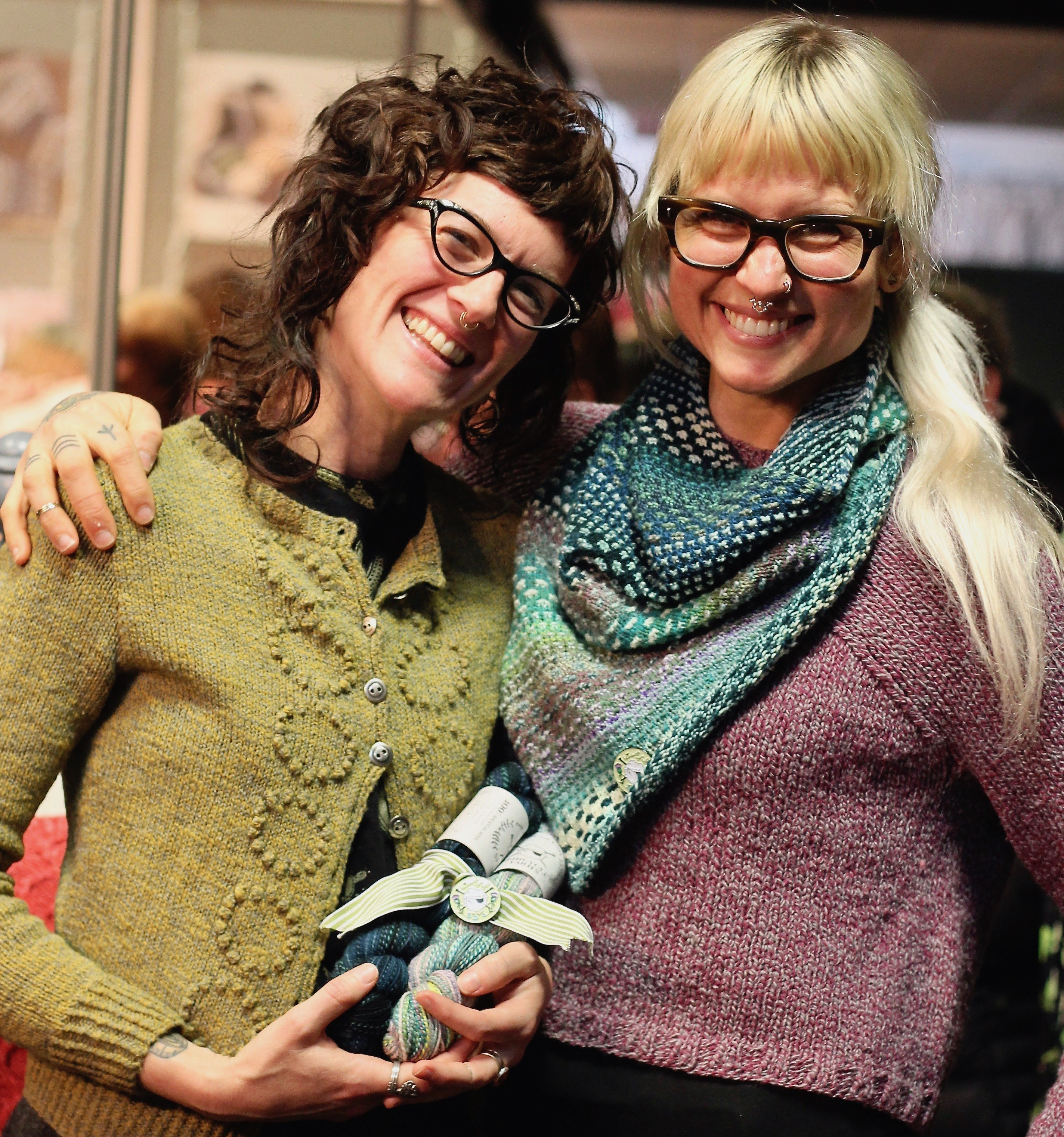 The two Spincycle Yarns girls at Edinburgh Yarn Festival 2018 with their Shift kit in collaboration with Drea Renee Knits
